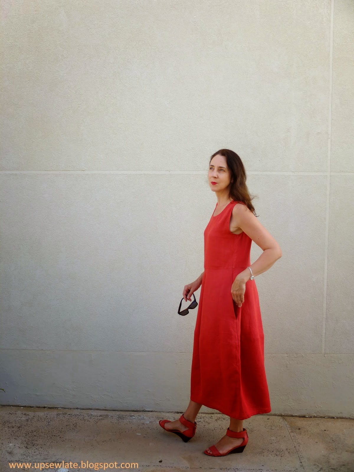 Up sew lates coral linen eva dress sew tessuti blog as always its such a thrill for us to see our patterns made up thanks again gabrielle and for letting us share these great images too what a talented jeuxipadfo Gallery