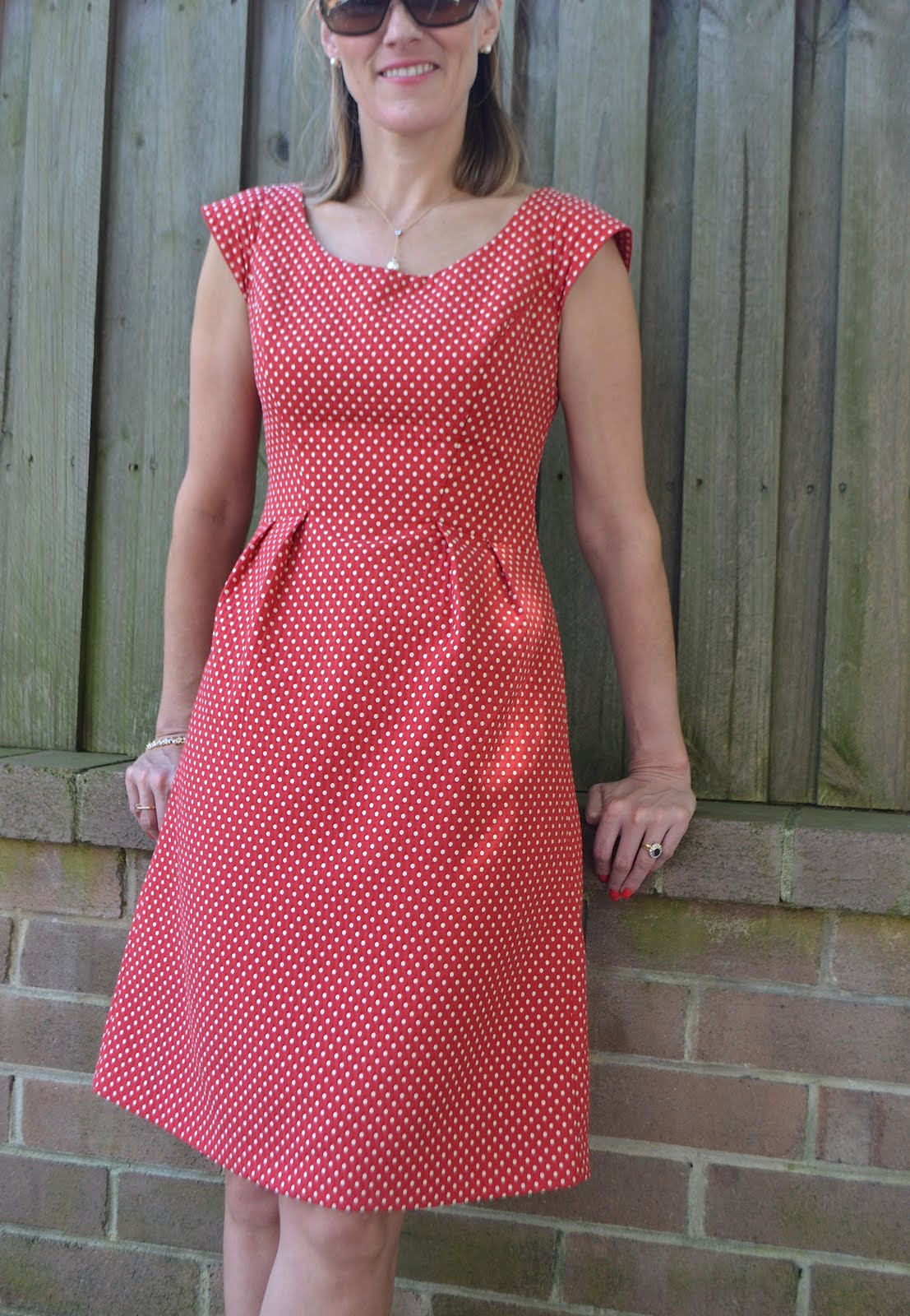Pattern Review Simplicity 2282 (and Happy Blog Birthday to